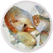 The Beauty Of Garlic Round Beach Towel