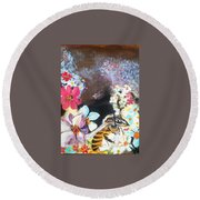The Bee Round Beach Towel by Francine Heykoop