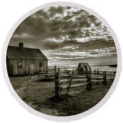 Round Beach Towel featuring the photograph The Doucet House - Bw by Chris Bordeleau