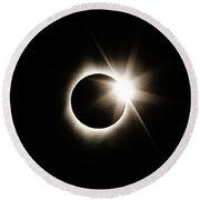 The Edge Of Totality Round Beach Towel