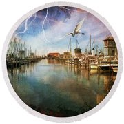 The Gulfport Egret Round Beach Towel