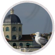 The Gull And The Dome Round Beach Towel