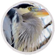 The Heron In Winter  Round Beach Towel