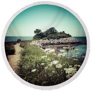 The Knob Looking Ahead Round Beach Towel