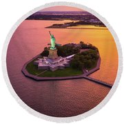 The Lady On The Island Round Beach Towel