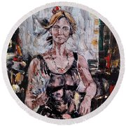 The Lady With The Fan Round Beach Towel