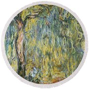 The Large Willow At Giverny Round Beach Towel