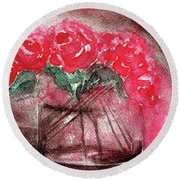 The Last Red Roses Round Beach Towel