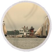 The Lighthouse At Rockland Round Beach Towel