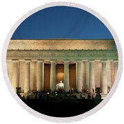 Round Beach Towel featuring the photograph The Lincoln Memorial by Mark Dodd
