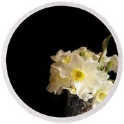 The Lookout Scout Daffodil Round Beach Towel