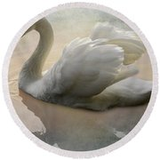 The Magical Swan  Round Beach Towel