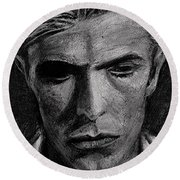 The Man Who Fell To Earth 1976 Round Beach Towel