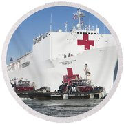 The Military Sealift Command Hospital Ship Usns Comfort Round Beach Towel