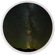 The Milky Way At Sprague Lake 2 Round Beach Towel