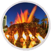 The Mirage Casino And Volcano Eruption At Dusk Round Beach Towel