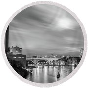 The Mississippi River Night Scene Round Beach Towel
