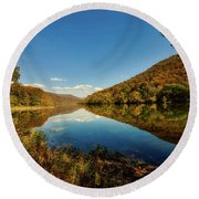 The New River In Autumn Round Beach Towel by L O C