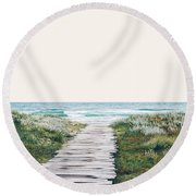 The Ocean Is Calling And I Must Go  Round Beach Towel