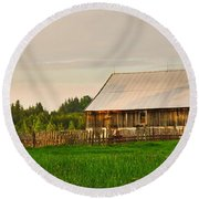 The Old Barn Round Beach Towel