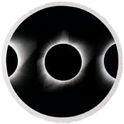 The Phase Of An Eclipse - Straight Round Beach Towel