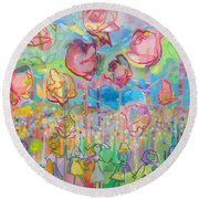 The Rose Garden, Love Wins Round Beach Towel