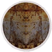 The Rusted Feline Round Beach Towel