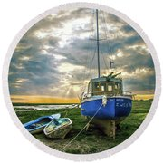 The Sun Sets On The Ellen Kelly Round Beach Towel