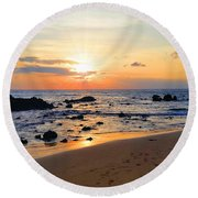 The Sunset Of Maui Round Beach Towel by Michael Rucker