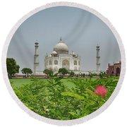 The Taj Mahal Round Beach Towel