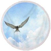 The Tern - Elegance In Flight Round Beach Towel