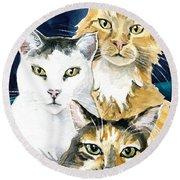 The Three Musketeers - Cat Painting Round Beach Towel