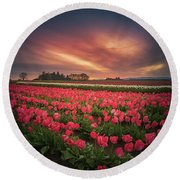 Round Beach Towel featuring the photograph The Tranquil Morning Before Sunrise by William Lee