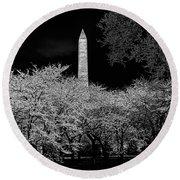 The Washington Monument At Night Round Beach Towel