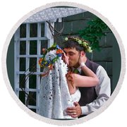 The Wedding Kiss Round Beach Towel