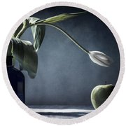 The White Tulip And The Green Apple  Round Beach Towel