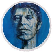 There S A Starman Waiting In The Sky Round Beach Towel