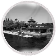 Thousand Islands In Black And White Round Beach Towel
