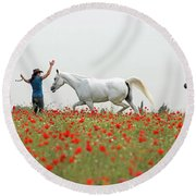 Three At The Poppies' Field Round Beach Towel