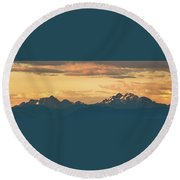 Three Fingers Mountain Round Beach Towel