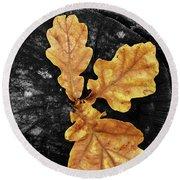 Three Leaves On Black Round Beach Towel