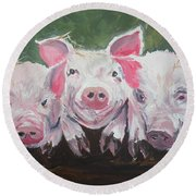 Three Little Pigs Round Beach Towel