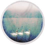 Three Swans Round Beach Towel