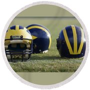 Three Wolverine Helmets Round Beach Towel