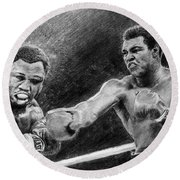 Thrilla In Manilla Pencil Drawing Round Beach Towel