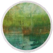Through The Mist Round Beach Towel