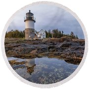 Tide Pools At Marshall Point Lighthouse Round Beach Towel