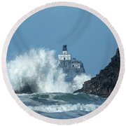 Tillamook Rock Light House, Oregon - Terrible Tilly Round Beach Towel