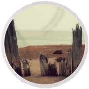 To The Sea Round Beach Towel