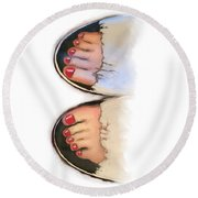 Toes 01 Round Beach Towel